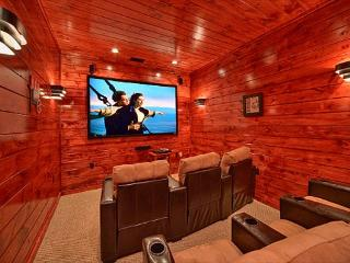 Luxury 3 Bedroom Gatlinburg Cabin with Home Theater Room and Sauna Room - Gatlinburg vacation rentals