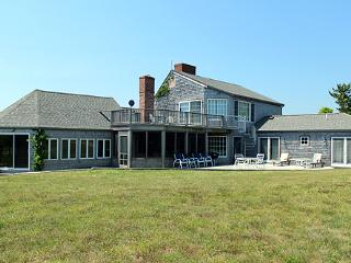 219 - COUNTRY KITCHEN.WALK TO WATER. LOVELY! - Chappaquiddick vacation rentals