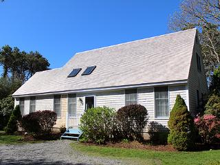 228 - CENTRALLY LOCATED KATAMA HOME WITH LOVELY PATIO AND YARD - Edgartown vacation rentals