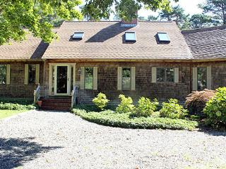 809 - WONDERFUL,SPACIOUS, LOVINGLY MAINTAINED HOME IN SENGEKONTACKET AREA - Edgartown vacation rentals