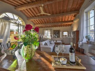 Visconti - Windows On Italy - Florence vacation rentals