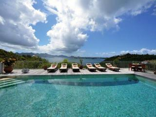 Enjoy sunrise and sunset views from this Caribbean home with a Moroccan flare. C CAN - Saint Martin-Sint Maarten vacation rentals