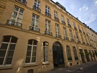 Paris Apartment Left Bank, Elegant and Quiet - Rue de Verneuil - Paris vacation rentals