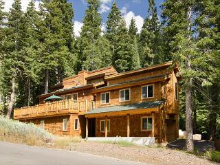 Ward Retreat - Beautiful, Sunny Home with Mountain Views, Ski Lease Pending - Alpine Meadows vacation rentals