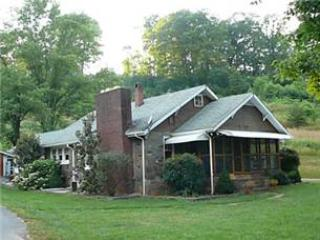 Battle Cottage - Smoky Mountains vacation rentals