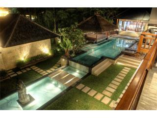 Villa Prasada Canggu Bali - Luxury for 11 guests - Canggu vacation rentals