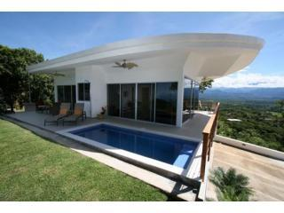 Modern Luxury Villa with 360 Panoramic Views - Manuel Antonio vacation rentals