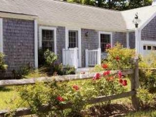 Dunecrest at Surf Side - Cute 1-Bedroom Apartment - South Wellfleet vacation rentals