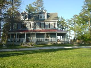 Classic Colonial - almost 5,000 sf - Stunning, New Chesapeake Waterfront Rental - Cambridge - rentals