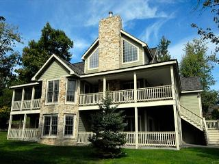 Castle in the Sky - McHenry vacation rentals