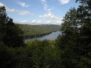 Tranquility - McHenry vacation rentals