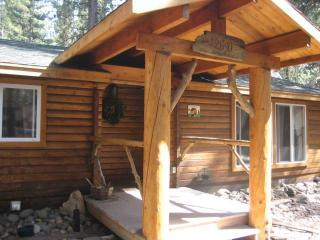 Cabin front entrance  - A  Charming Romantic Lake Tahoe Cedar Log Cabin - South Lake Tahoe - rentals