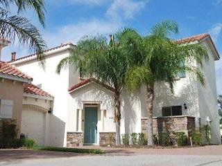 BELLE PALMS VILLA - book with complete confidence! - Orlando vacation rentals