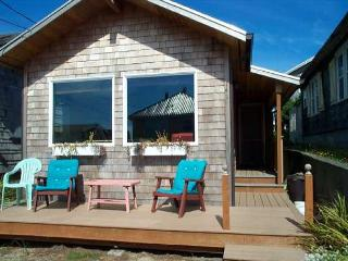 BY THE SEA - Manzanita vacation rentals