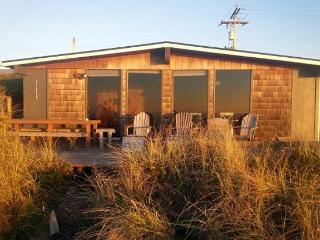 KNOT VERY LODGE - Manzanita vacation rentals