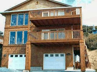 MANZANITA MAGIC -  Lower Unit - Manzanita vacation rentals