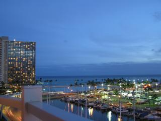 Night View - Ilikai Marina 882 - Honolulu - rentals
