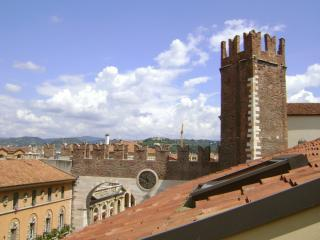 Romeo Apartment - Verona vacation rentals