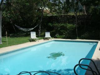 TUTU'S BEACH HOUSE... LARGE HOME WITH PRIVATE POOL - Kona Coast vacation rentals