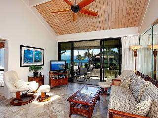 Ocean Front 2 Bedroom Deluxe Condo Unit 10 - Kahana vacation rentals