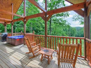 Romantic 2 bedroom with 2 master suites and 2 baths. - Gatlinburg vacation rentals
