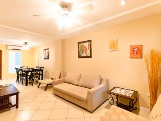 Affordable Option in the Heart of Tamarindo - Tamarindo vacation rentals
