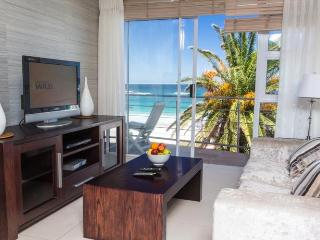Seasonsfind - The Bay - Cape Town vacation rentals