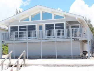 Delightful Open Concept Beachfront Getaway with wall to wall views! -  Seabreeze Cottage - Fort Myers Beach vacation rentals