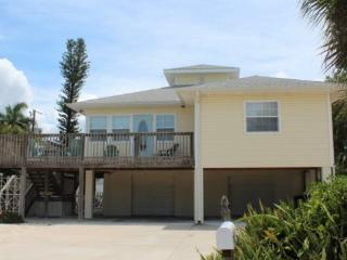 Sunny Side Up, our fabulous Pool home near Times Square -  Sunny Side Up - Fort Myers Beach vacation rentals
