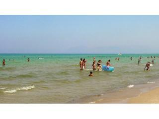 AFFORDABLE, SELF CATERING APTS 400 MT FROM BEACH - Sicily vacation rentals