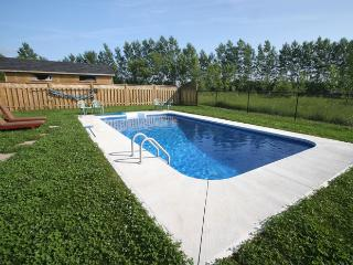 The Land Villa cottage (#159) - Owen Sound vacation rentals