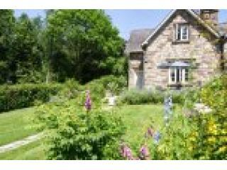 Vanilla Cottage (  between Usk  and Abergavenny) - South East Wales vacation rentals