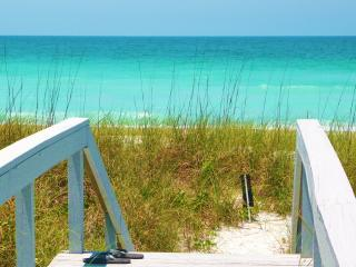 Gulf Beach Front & View, 2 Pools Spa 8 Tennis Crts - Longboat Key vacation rentals