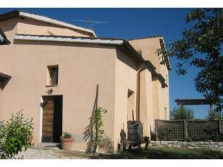 Converted chapel for two in idyllic setting - Marche vacation rentals