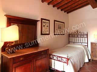 Borgo Bello C - Bucine vacation rentals