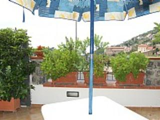 Villa Aubrezia B - Scala vacation rentals