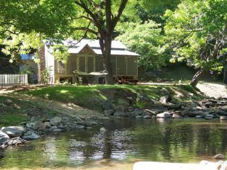 Creekside Mountain Cabins - North Georgia Mountains vacation rentals