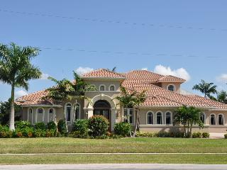Welcome to Cottage - Cottage Ct - COTT430 - Gorgeous Waterfront Home! - Marco Island - rentals