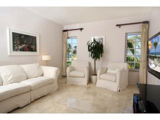 living room - South Beach Oceanfront  Condo @ The Bentley Hotel - Miami Beach - rentals
