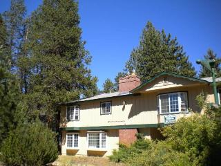 4097 Manzanita Ave - South Lake Tahoe vacation rentals