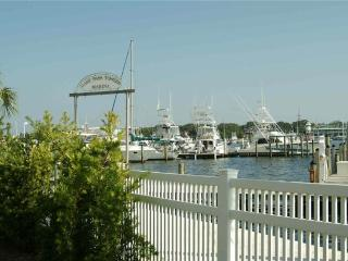 East Pass Marina #C10 - Destin vacation rentals
