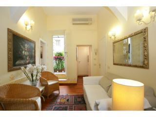 the living room with balcony - Very Central Colosseum Cozy Quite  free WIFI/cell - Rome - rentals