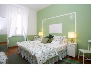 the king side bed can be separated in two comfortable twins - Very central Quite Family apartment  freeWIFI/cell - Rome - rentals