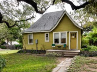 Verde Camp: Modern w/ an 'Old Texas' vibe - Austin vacation rentals
