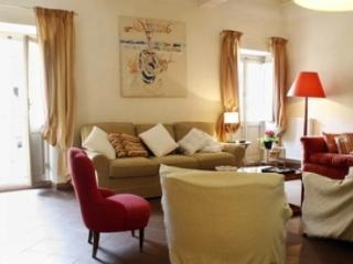 CR238 - Colosseo, Via Cimarra - Rome vacation rentals