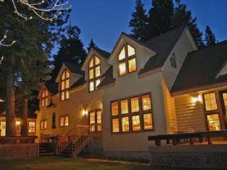 Northshore Lakefront Estate - Sleeps 18! - Carnelian Bay vacation rentals