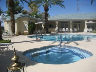 CASITA VEGAS                  POOL AND SPA AREA Leads to exercise room - CASITA VEGAS - Las Vegas - rentals