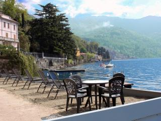 WATERFRONT - LAKE COMO BEACH RESORT - 2 BDRM Villa - Lombardy vacation rentals