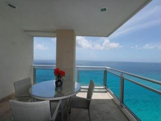 The Cliff at Cupecoy 6th Floor *A6*, Stay 7 pay 6 - Starting at $350.00 US - Cupecoy vacation rentals