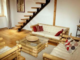 Quiet Central Apartment - no booking fee - Budapest & Central Danube Region vacation rentals